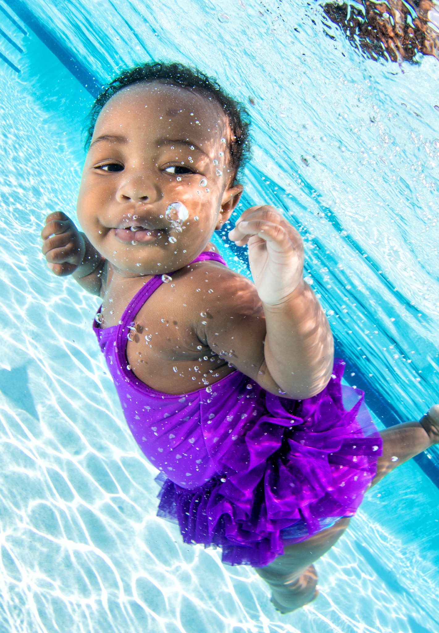 Babies swimming underwater inspiration photos - Infant Swimming Black Girl Funny Photographs Of Babies