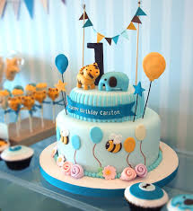 First-Birthday-Cake-Animals-Tri-Level-Blue
