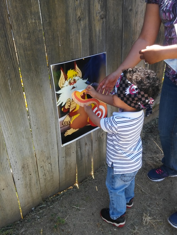 Pin the Tail on the Snarf - Guillermo