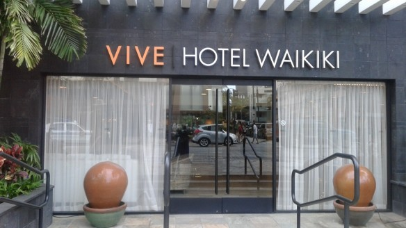 2015 Oahu Vive Hotel Waikiki front