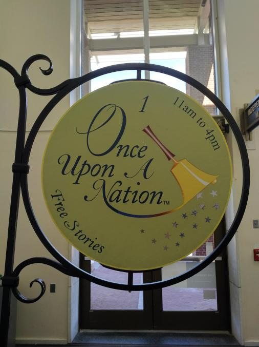 2018 Philly Independence Mile - Visitors Center Once Upon a Nation storytelling.jpg