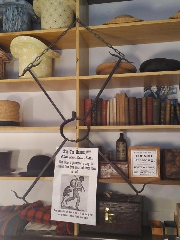 2018 WV Harpers Ferry - Store neck shackles.jpg