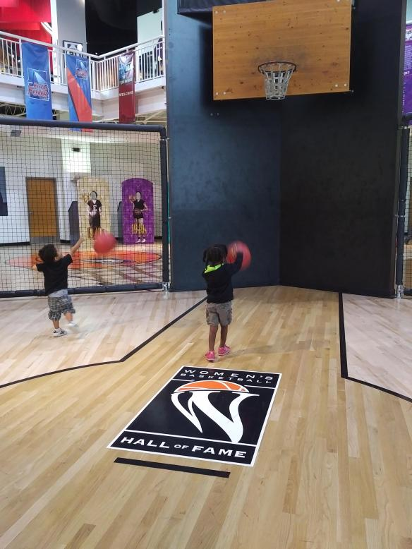 2018 TN Women Basketball Hall of Fame kids enjoying the gym.jpg